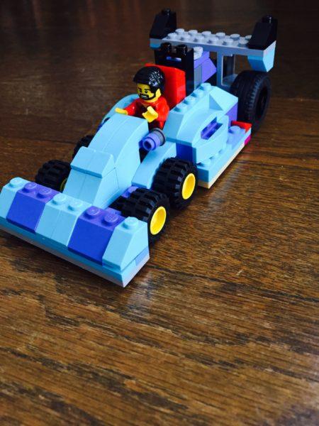 レゴレーシングカー